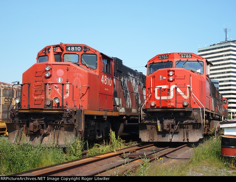 CN 4810 and CN 5785 on the Engine Sidings at Dartmouth