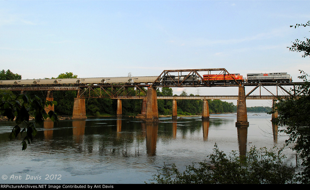 NS Heritage Units on NS 50Z crossing over the Congaree River