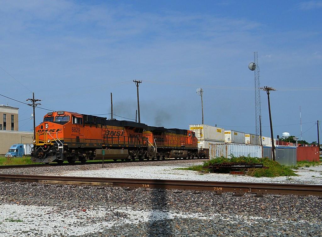 BNSF 6829