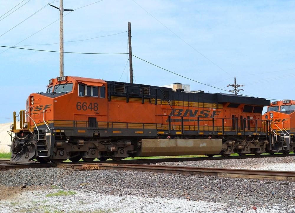BNSF 6648