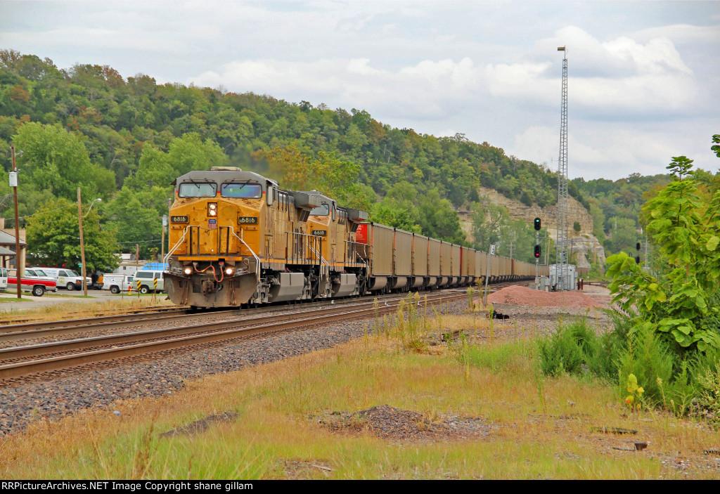 UP 6816 rocks a wb coal thur pacific mo.