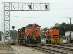 BNSF 4180(C44-9W) 1032(C44-9W) LDRR 1513(CF7)