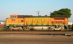BNSF 523 Side