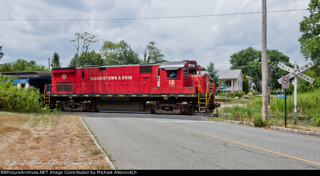 Whippany Rail Museum Excursion shoves back at McKinley Ave.