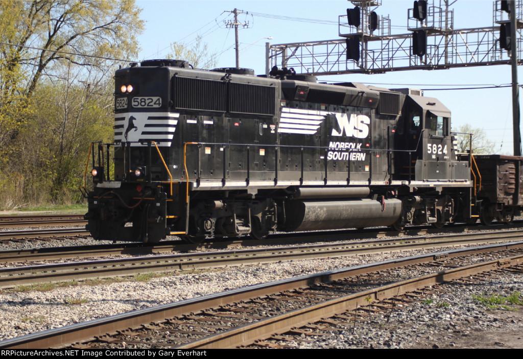 NS 5824 - Norfolk Southern