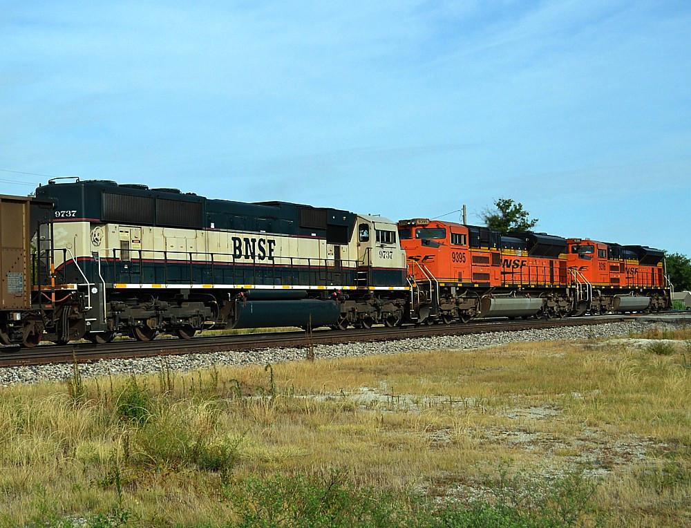 BNSF 9737