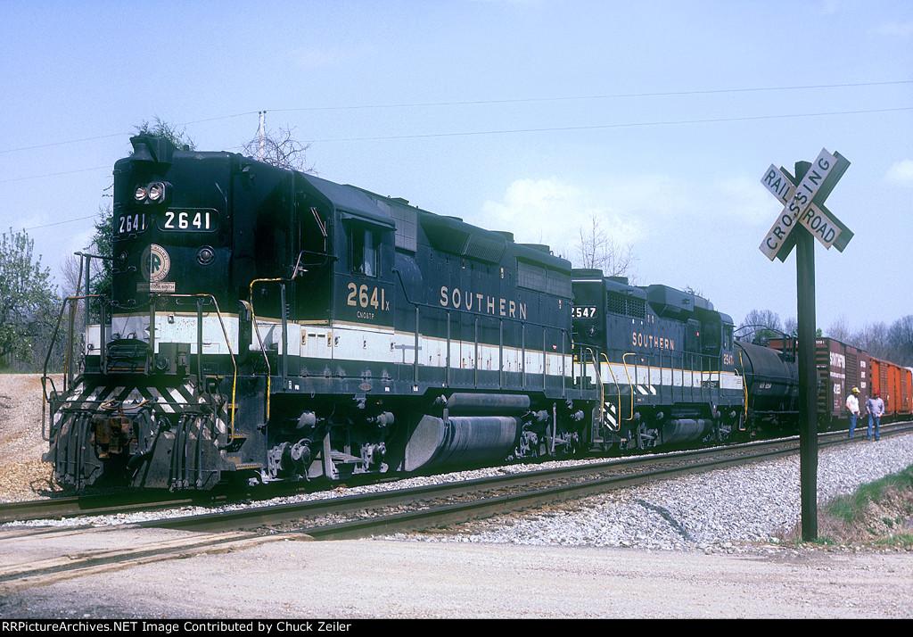SOU GP30R 2641