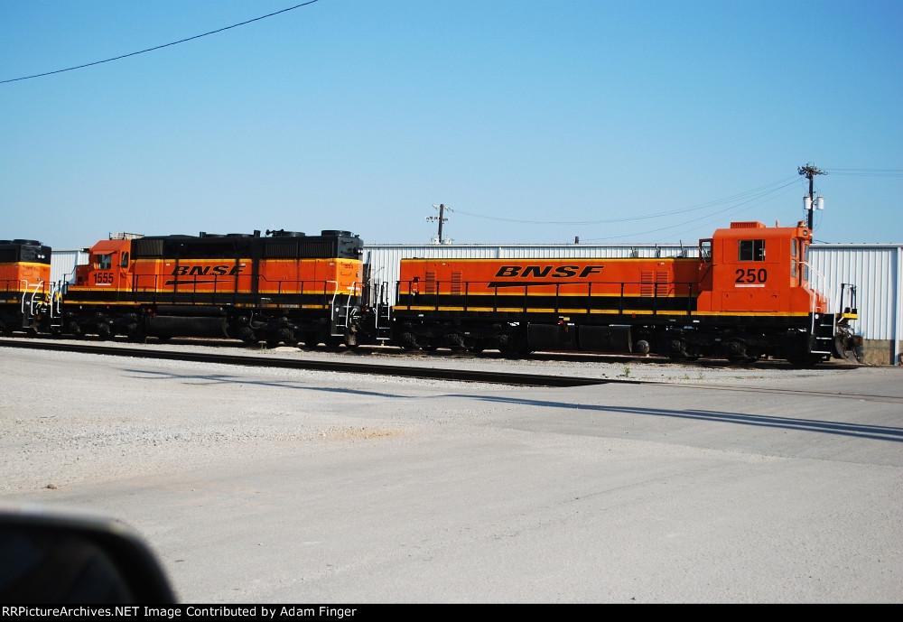 BNSF 250