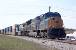 CSX 4708 heading north after leaving the intermodal yard