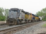 With 5 units, over half of the MQT roster, Z151 rolls into Wyoming Yard on the Even Lead