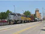 3003, 2006 & 2005 roll Z151 southward towards the interchange with CSX at Wyoming Yard