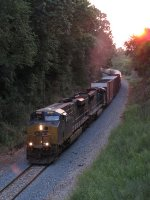 CSX 860 & 4782 struggle eastward with Q334-28 as the sunset nears
