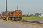 BNSF 4421 gets ready to depart fort madison iowa.