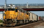 LMC 51 pulling into Topeka