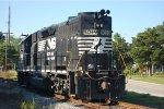 Ex Southern GP38-2 5019