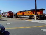 BNSF 7775 switching