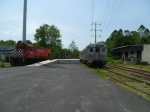 ME M424 4216, ex-Amtrak SW1200 559 and NJT Comet I-B (Arrow I) cab 5158