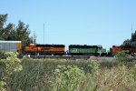 BNSF 3118 and BNSF 148