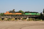 BNSF 3030 & BNSF 1933 Working The Yard