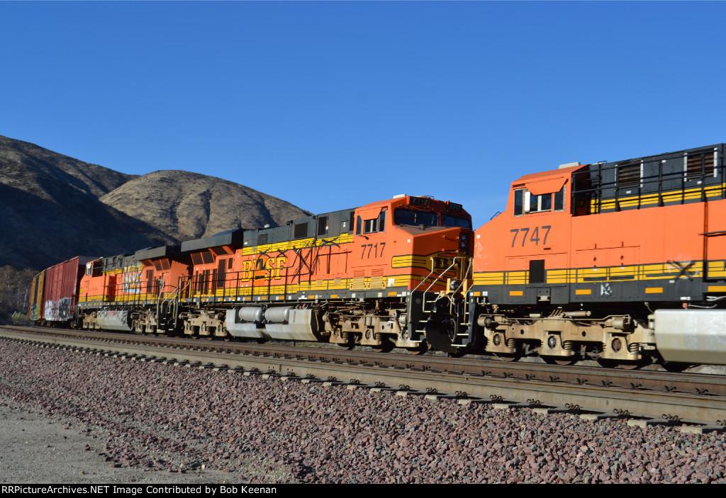 BNSF 7717