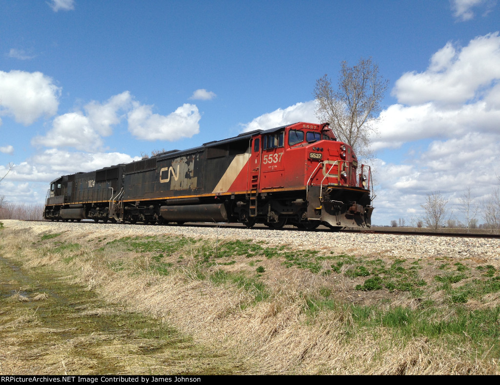 CN #5537 and IC #1024 at rest