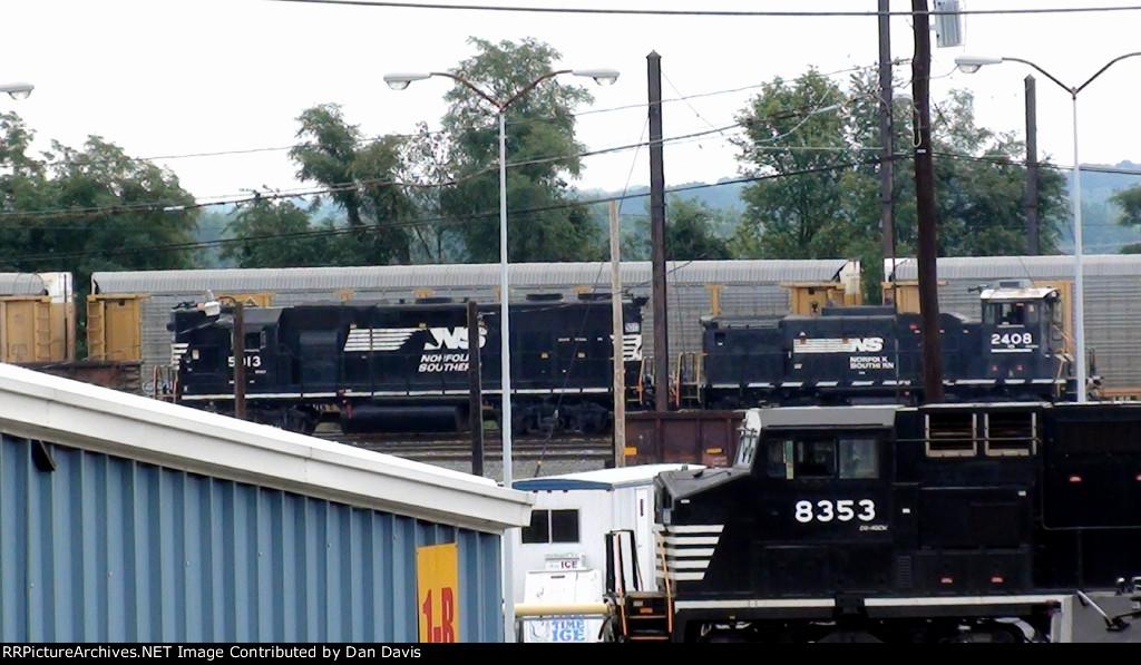 NS GP38-2 5013 and MP15DC 2408