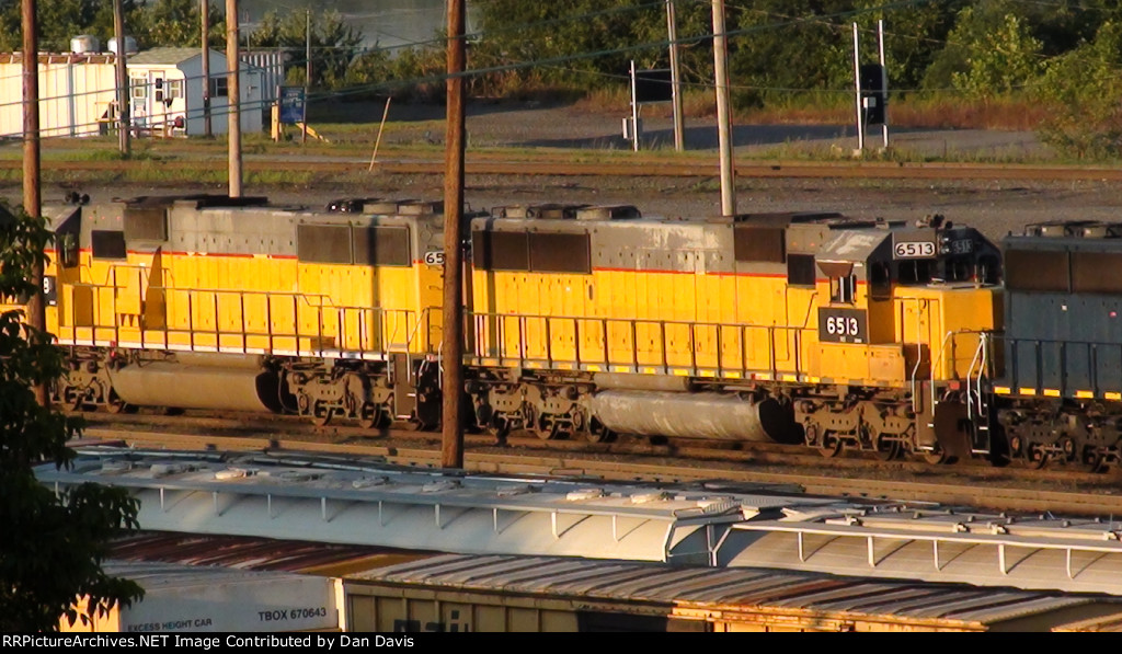 NS SD60s 6513 and 6518