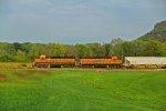 BNSF 2666 leads the cosgrove turn at Louisiana Mo.