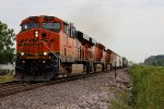 BNSF 7462 takes a Nb freight out of winfelid mo.