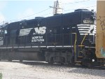NS 5807s Backside
