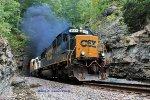 CSX 8562 puts off smoke