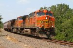 BNSF 5667 stampedes towards Texas at Indian Hill Rd (MP 396.4)