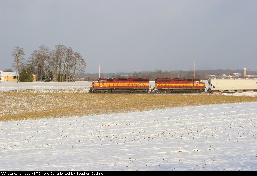 WC 7508 on A40781-01 north of Amherst, WI.