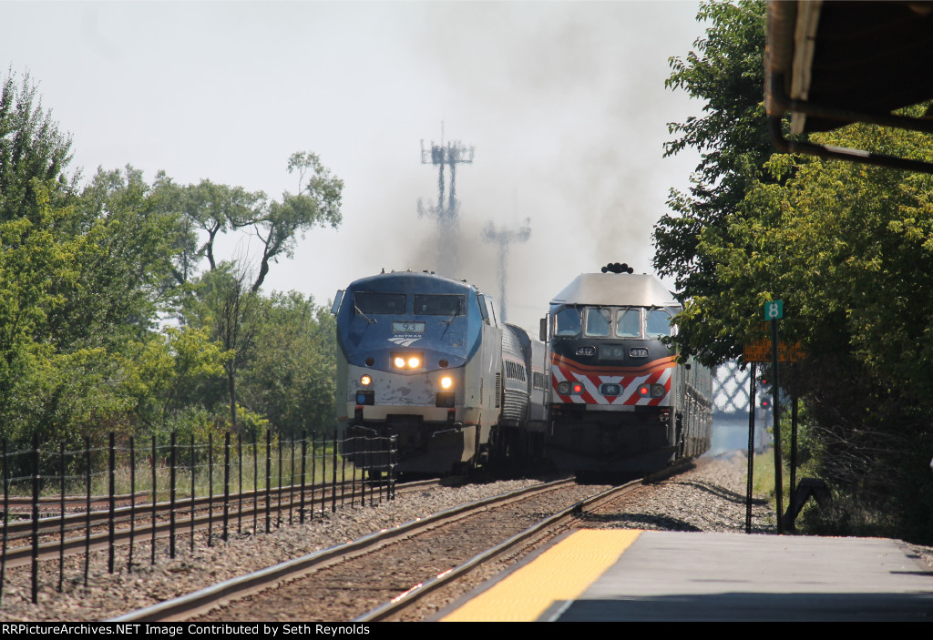Amtrak 335 and metra 2136