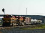 KCS 4045 (SD70ACe) KCS 4704 (ES44AC)