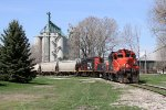 7253 starts to shove the empty hoppers into the Cargill elevator on Point Edward