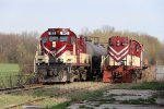182 rolls south through Mount Elgin past dead units 184 & 641
