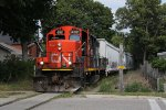 CN 4112 leads L580 out onto the streetside trackage