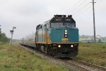 VIA 6425 rolls east on the GEXR with train 84