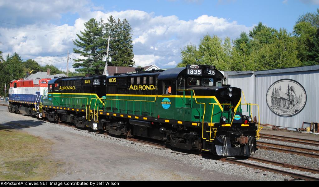Different generations of railroads