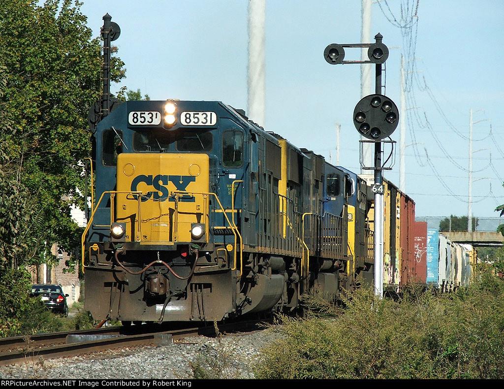 CSX 8531 Q373