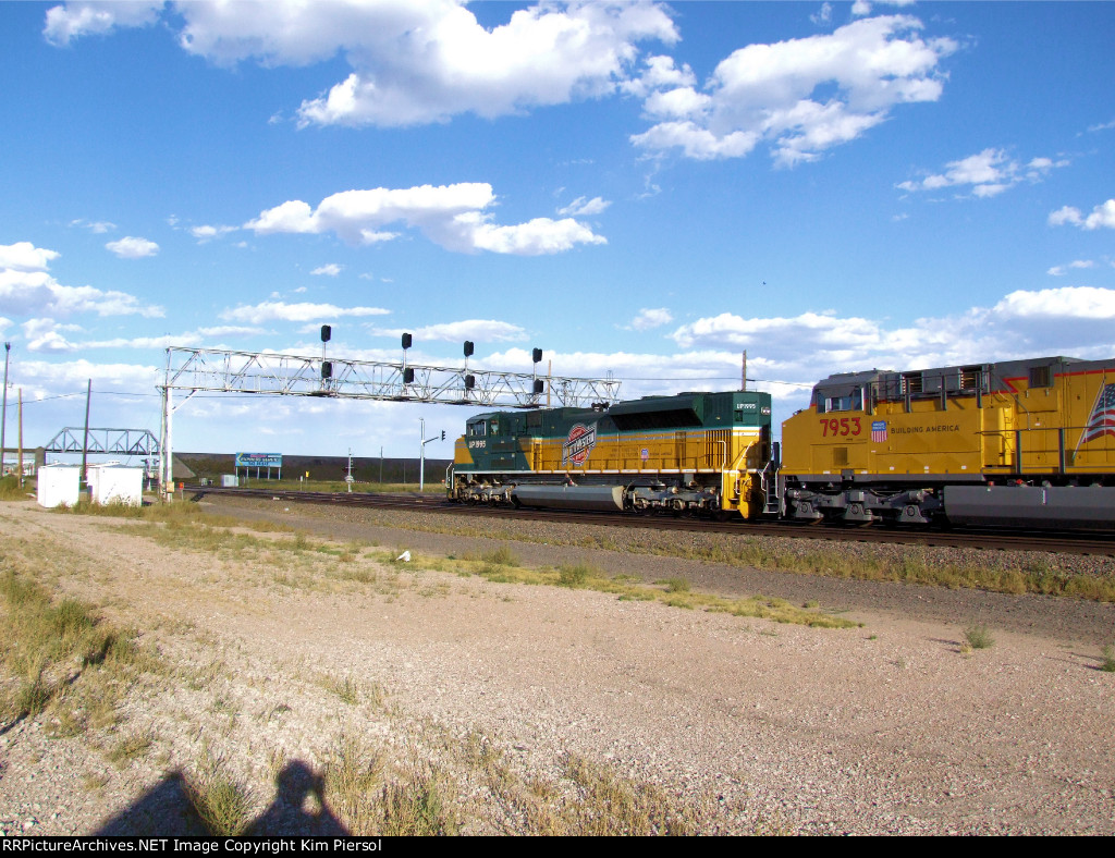 UP 1995 C&NW Heritage Leads EB Manifest on Laramie Sub into Cheyenne