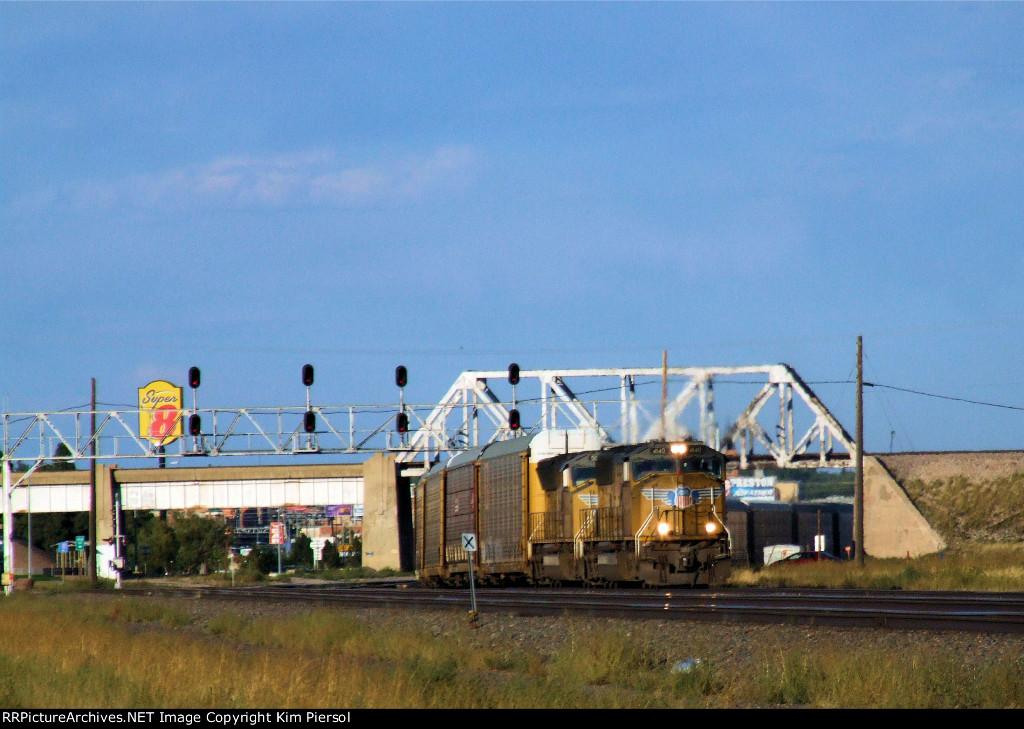 UP 4140 Autorack WB Leaving Cheyenne on the Laramie Sub