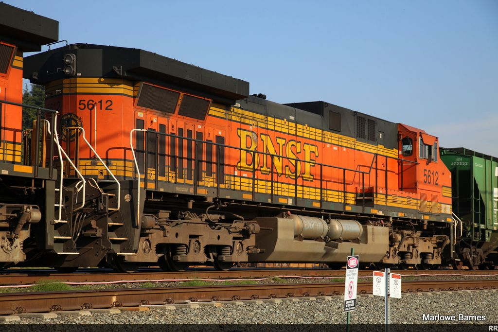 Roster shot of BNSF 5612