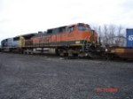 BNSF 1075 & CSX 8509 head WB with the CSX Q165