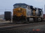 CSX 5276 up close & personal