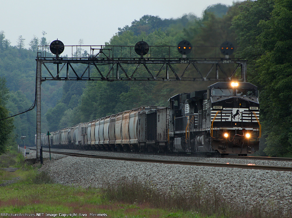 NS 8426 east at Mile 254 Pittsburgh Line