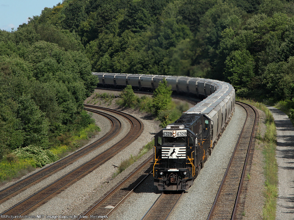 NS 44T at Mile 249 Pittsburgh Line