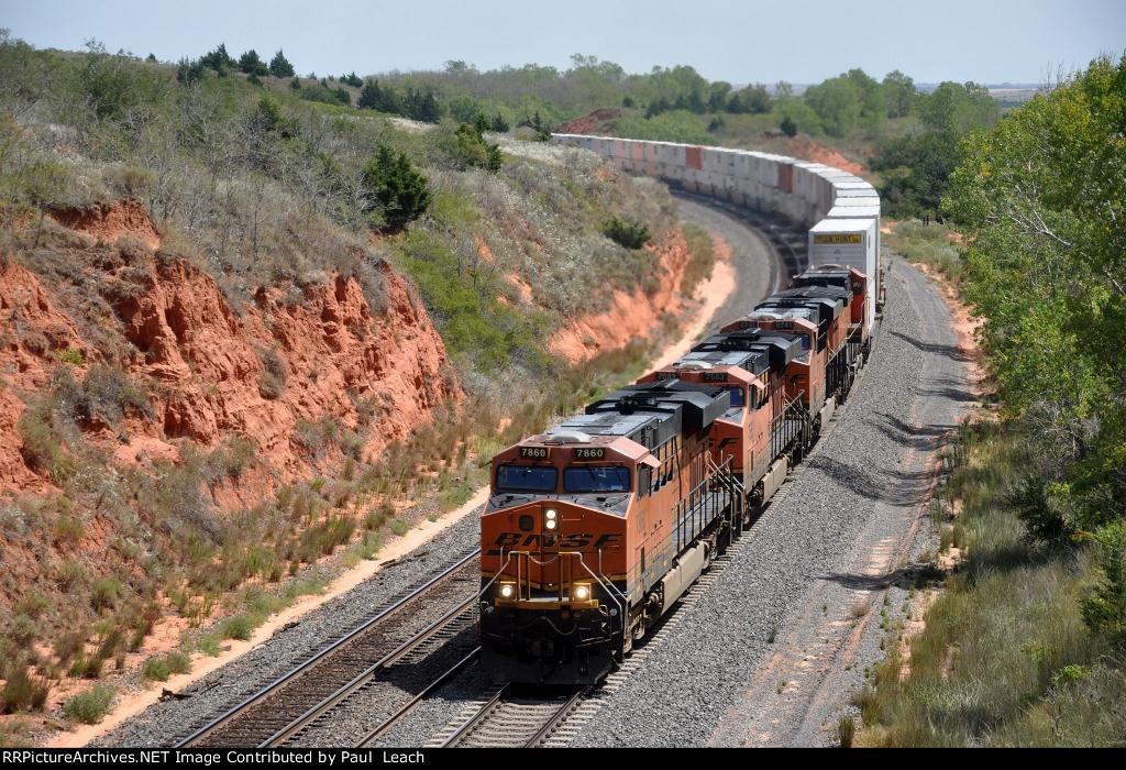 Westbound intermodal prepares for overtake