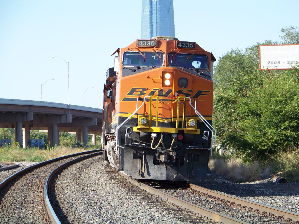 BNSF C44-9W 4335